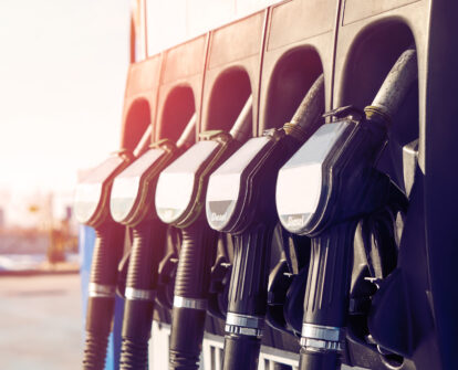 The number of petrol stations in the MONOPOLY.Fuel service has increased over the last month by 20%